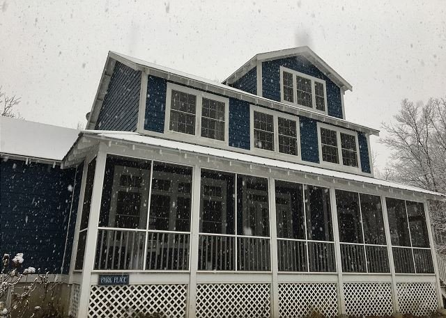 First Snow of 2016!  - Kid Friendly Home In Beachwalk Steps to Park, Pool, Beach  Golf Cart Included - Michigan City - rentals