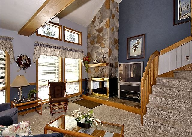 "Living Room - ""Gotta Getaway"" to the mountains? Check out this 2 bedroom condo in Davis, WV - Davis - rentals"