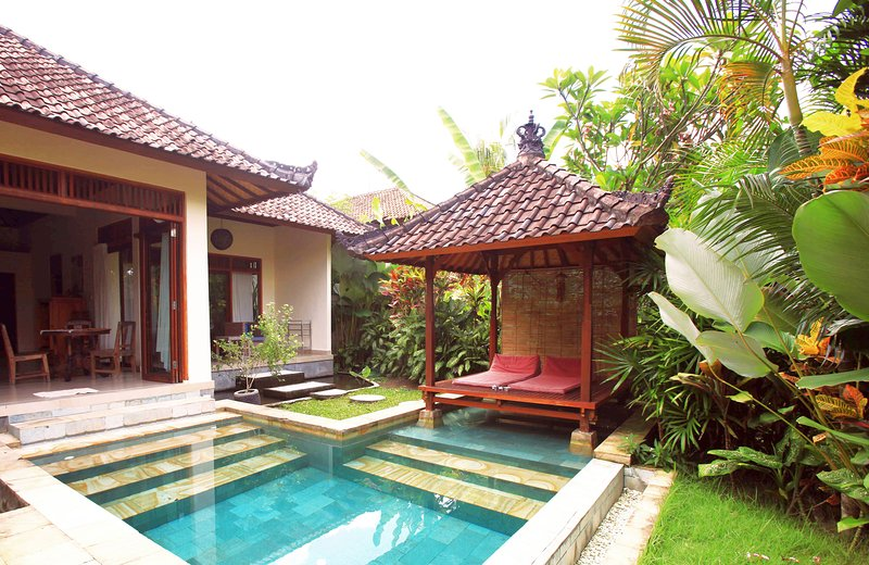 Pool & View Over the Rice Fields in Penestanan - Image 1 - Ubud - rentals