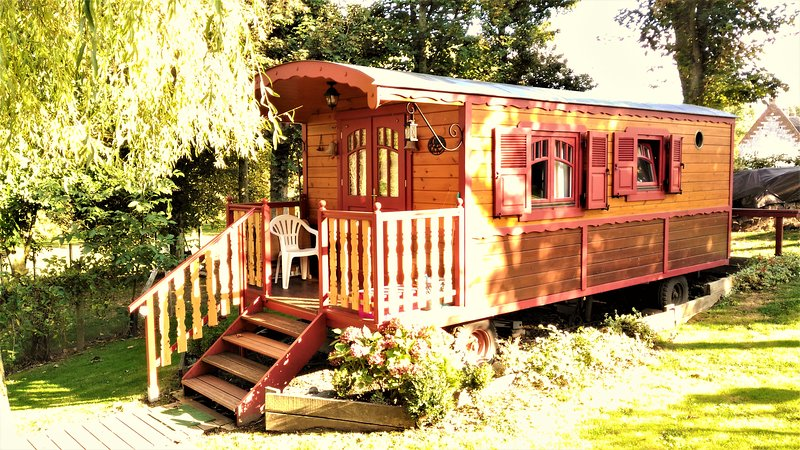 The lovely gypsy caravan - THE GYPSY CARAVAN OF RIVIERE NEAR ARRAS - Riviere - rentals