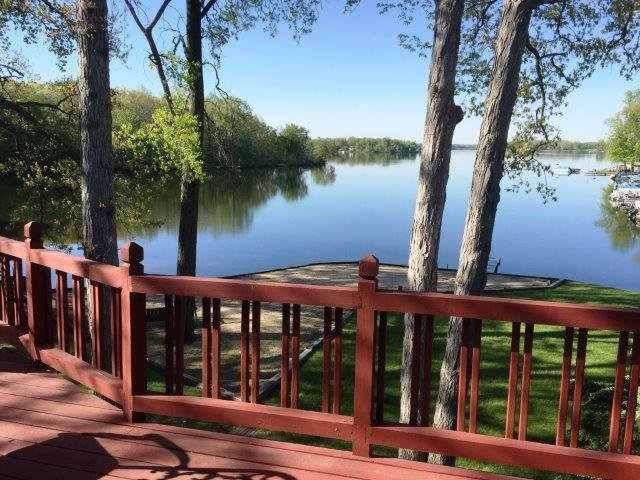 MI Lakehouse Rental-Includes Pontoon-7 Chain Lakes - Image 1 - Coldwater - rentals