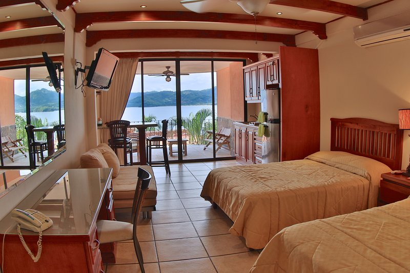 Flamingo Marina Resort 103 - Image 1 - Playa Flamingo - rentals