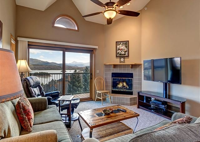 Lake Forest Living Area Frisco Lodging Vacation Rental - Lake Forest Penthouse Condo Frisco Colorado Vacation Rentals - Wildernest - rentals
