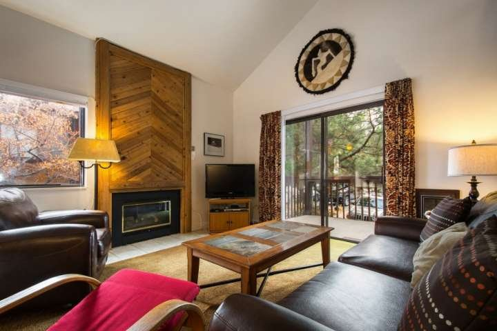 "After a long day of activities, return to an open & inviting property equipped with leather, lounge chairs, a 38"" HDTV & fireplace. - Red Pine Cabriolet - Park City - rentals"