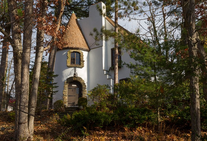 The Castle on Glen Guest House B&B - Image 1 - Elmira - rentals