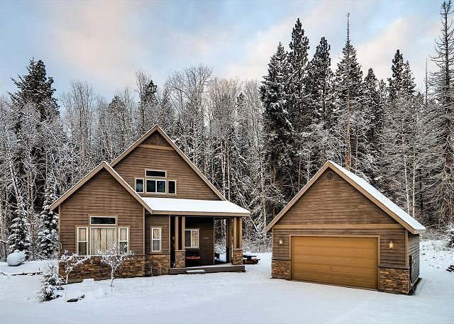 Welcome to Roslyn Hideaway. Book 3 Nights Get 4th Night Free!  - Luxury Cabin Near Suncadia, Game Room, Hot Tub, Slps12-Winter Specials - Cle Elum - rentals