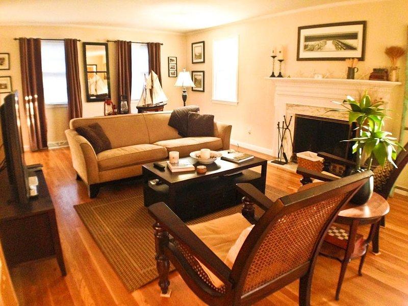 Living area - Near Route 6A with Central A/C - DE0105 - Dennis - rentals