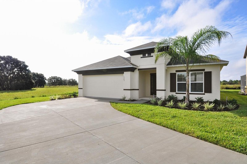 1303YC - West Haven Gated Community - Image 1 - Davenport - rentals
