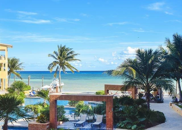 Beautiful Second Floor Ocean View! El Faro Coral 201 (EFC201) 35% off - Image 1 - Playa del Carmen - rentals