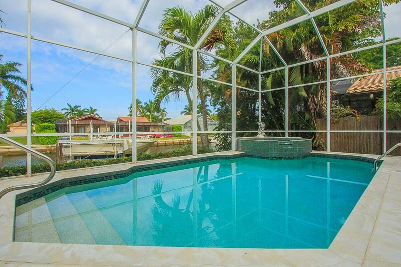 Pool and Spa - Buccan1570 - 1570 Buccaneer Ct - Marco Island - rentals