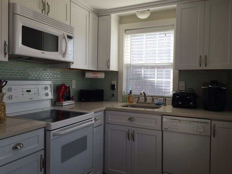 Modern kitchen with dishwasher - Oceanside 1 - East Sandwich - rentals
