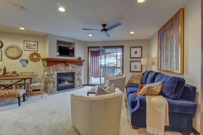 Cozy ski-in/out condo - access to Club Solitude w/shared pool, hot tub & more! - Image 1 - Solitude - rentals