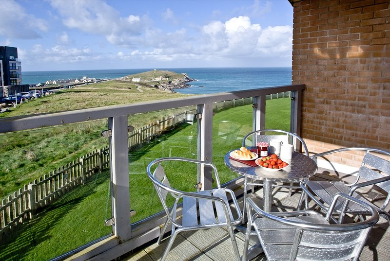 Towan View located in Newquay, Cornwall - Image 1 - Newquay - rentals