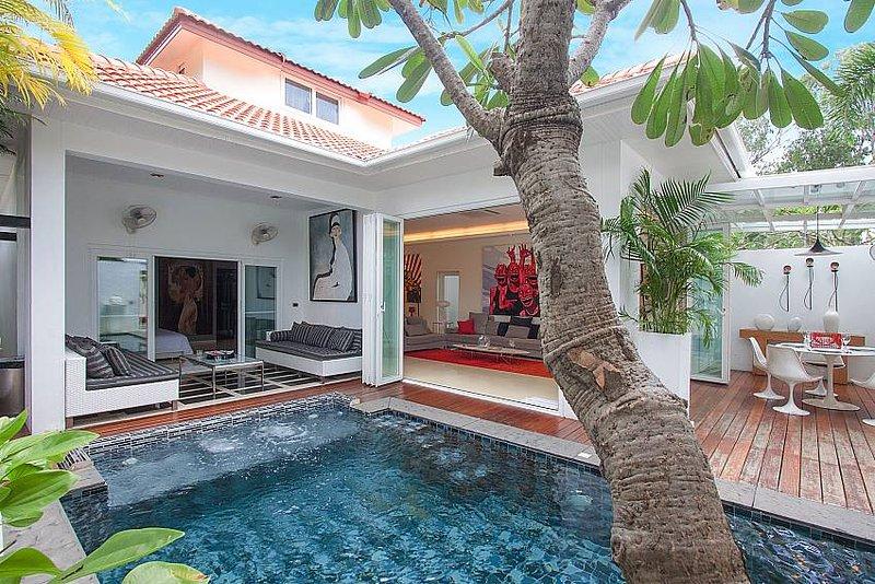 Elegant 2 Bed Villa near Jomtien Beach - Image 1 - Jomtien Beach - rentals
