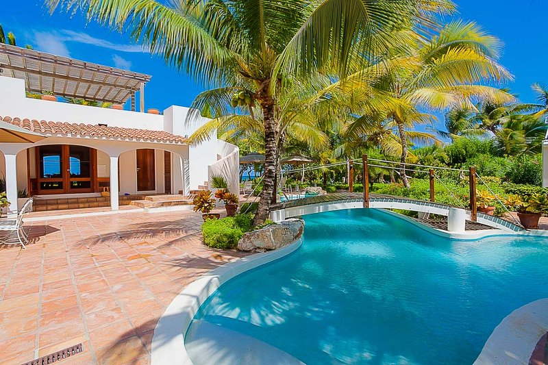 L Embellie Beach Villa and Cottage, Sleeps 6 - Image 1 - Forest Bay - rentals