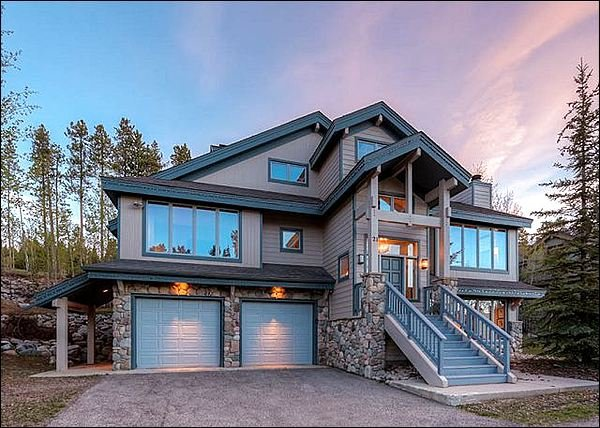 Exterior Front - Gorgeous View of the Peak 8 slopes - Private Hot Tub (7215) - Breckenridge - rentals