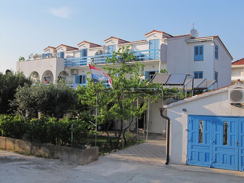 house - 002SUCU  SA8(2) - Sucuraj - Sucuraj - rentals