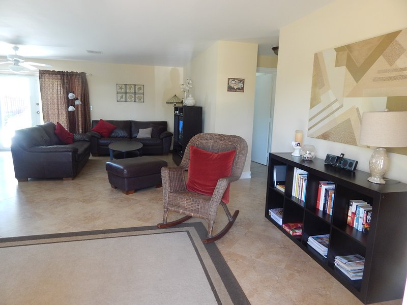 Spacious Open Concept Living and Dining - Florida Beach House with Pool - Deerfield Beach - rentals