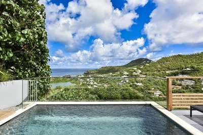 2 Bedroom Villa with Panoramic View of Saint Jean Bay - Image 1 - Saint Jean - rentals