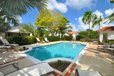 Fantastic 4 Bedroom Villa in Holders Hill - Image 1 - Holder's Hill - rentals