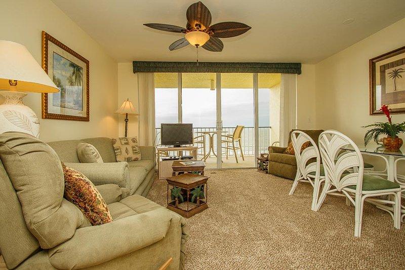Living Area - Apollo 505 - Apollo Condominium - Marco Island - rentals
