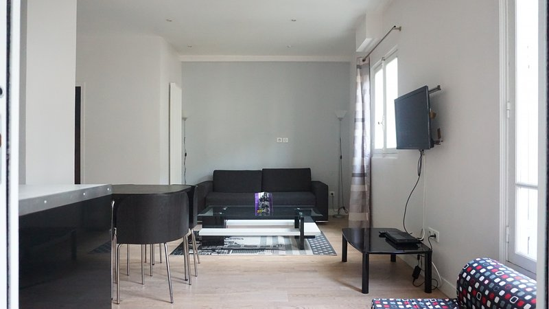 avenue des Champs Elysées 75008 PARIS - 208059 - Image 1 - Paris - rentals