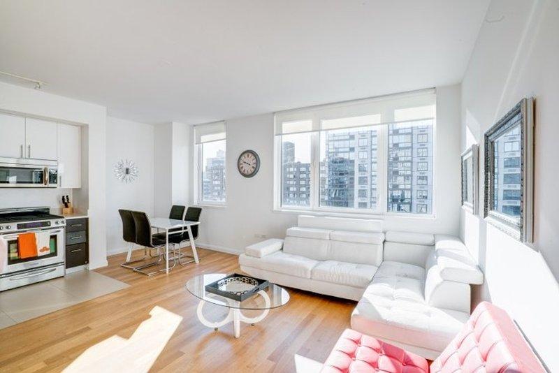 GORGEOUS 1 BEDROOM NEW YORK APARTMENT - Image 1 - New York City - rentals