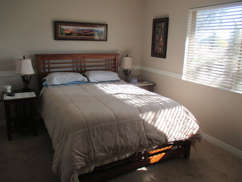 San Francisco Peaks Wildernest - Guest Bedroom - Image 1 - Flagstaff - rentals
