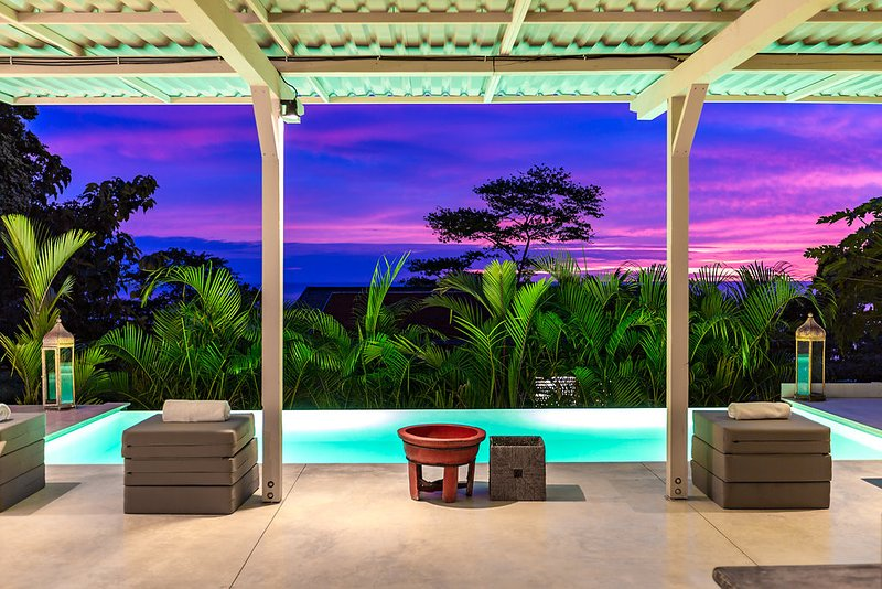 Terrace of the Master Lodge at sunset - Bedroom with ocean view in a private resort + pool - Santa Teresa - rentals