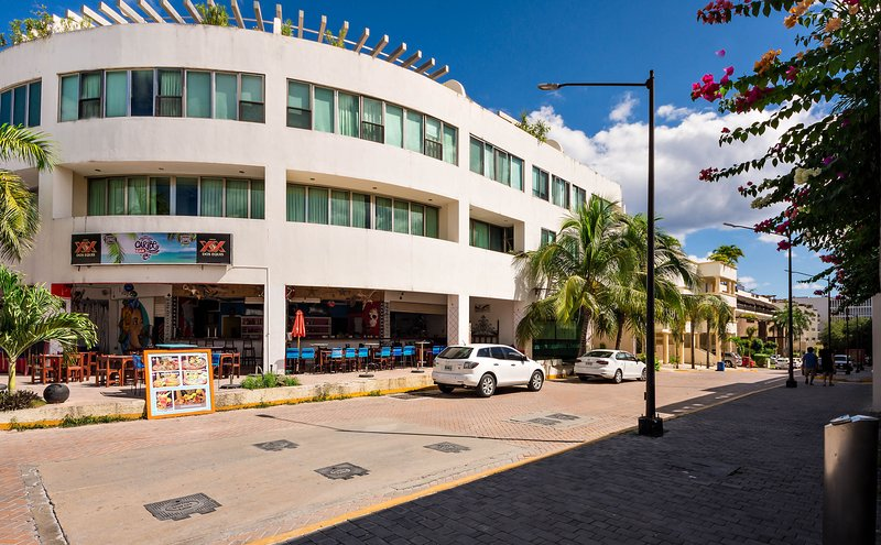 Building Exterior - So CLEAN Romantic Caribbean Hideaway-Free WiFi - Playa del Carmen - rentals