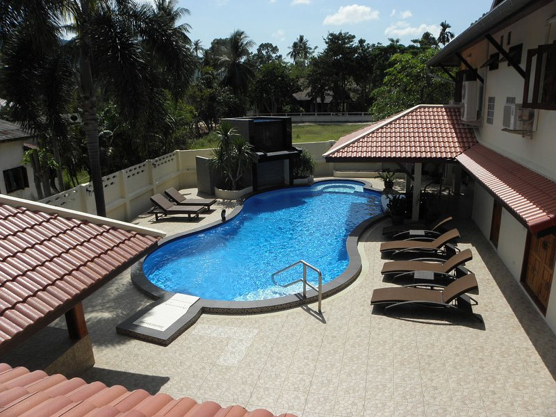 Fantastic Pool With Swim-up Bar, Waterfall, Jacuzzi, Swim Jet & It's Own Lounge With TV & BBQ Area  - Samui Garden Villa 3 BR - Koh Samui - rentals
