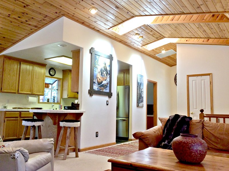 Great Location !!  Kings Beach Cabin - Image 1 - Lima - rentals