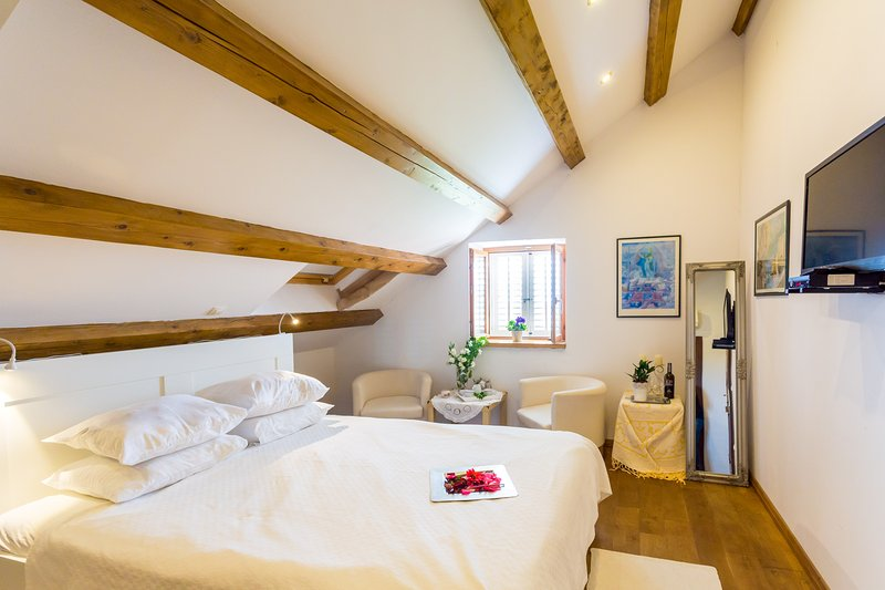 Villa Anica-Cosy bedroom near Dubrovnik Old Town - Image 1 - Dubrovnik - rentals