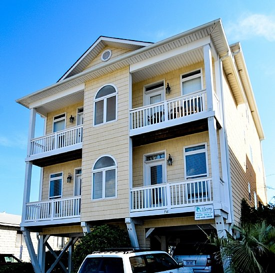 2ND & 3RD FLOOR OF THIS BEAUTIFUL DUPLEX - Tranquility Penthouse-6BR,Oceanfront,Pool,Elevator - Carolina Beach - rentals