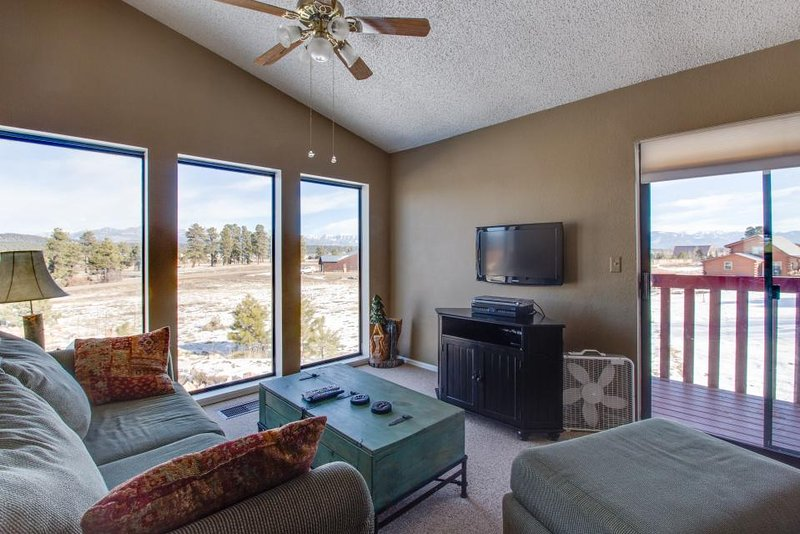 Cute two-story condo with deck, exceptional views, and close to hot springs! - Image 1 - Pagosa Springs - rentals