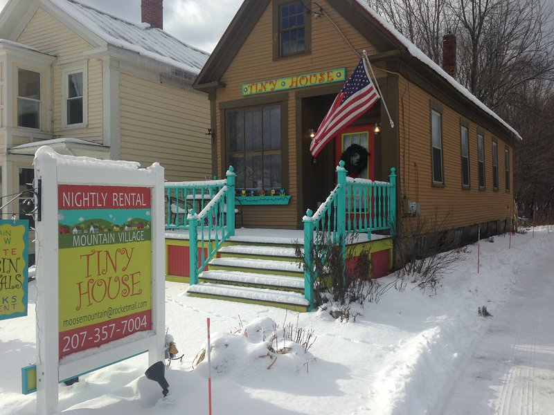 Winter has arrived! - Tiny House w/full kitchen - 20 min to Sunday River - Andover - rentals