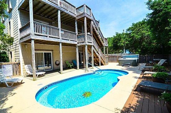YOUR OASIS - Atlantic Views- 8 Bedroom-Pool & Hot Tub - Kure Beach - rentals