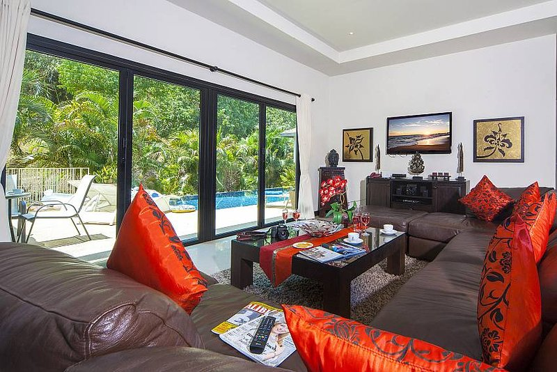Villa Gaew Jiranai | 4 Bed Holiday Pool Home in Nai Harn South Phuket - Image 1 - Kata - rentals