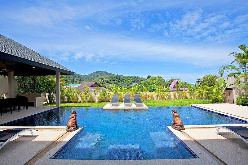 Villa Yok Kiao |  Fully Staffed 6 Bed Pool Villa in Nai Harn Phuket - Image 1 - Kata - rentals