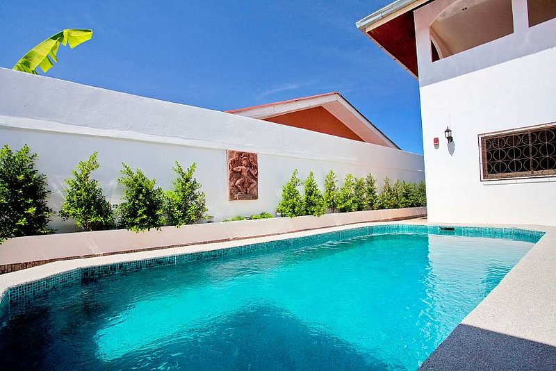 Khao Talo Villa | Sizable 5 Bed Property with Private Pool in Pattaya - Image 1 - Pattaya - rentals