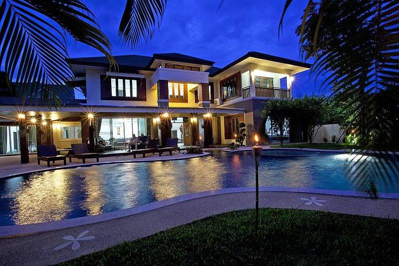 Expansive 6 bed villa at Chiang Mai - Image 1 - San Phi Suea - rentals