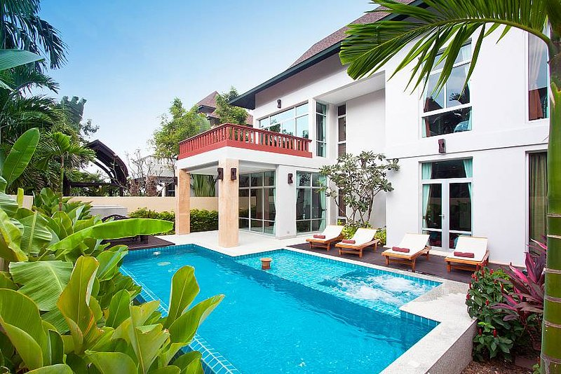 Jomtien Waree 4 | 4 Bed Pool Villa near Na Jomtien Beach South Pattaya - Image 1 - Jomtien Beach - rentals