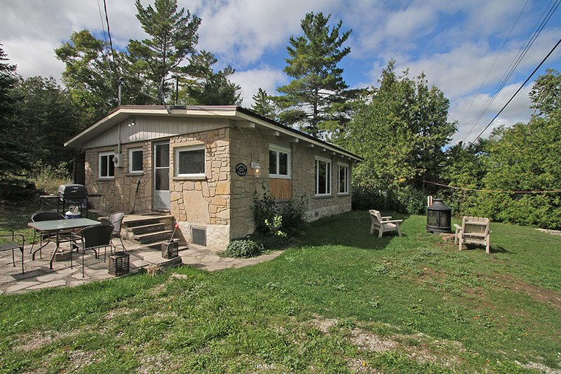 Windstone cottage (#742) - Image 1 - Lion's Head - rentals