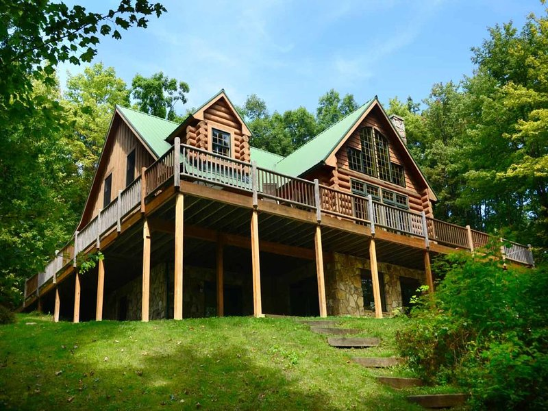 robneext_13.jpg - Get lost in the private forest lot of Deep Sigh! Enshrined within an alcove of oak and pine, this impressive resort home is rich with rustic refinement! - Swanton - rentals