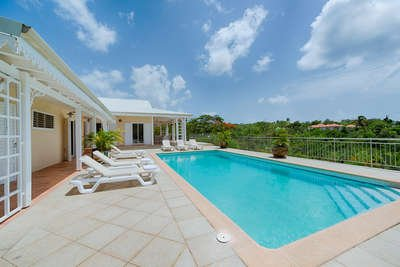 5 Bedroom Villa with Pool in Terres Basses - Image 1 - Terres Basses - rentals