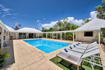 Beautiful 3 Bedroom Villa in Terres Basses - Image 1 - Terres Basses - rentals