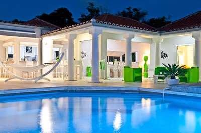 Radiant 5 Bedroom Villa in Terres Basses - Image 1 - Terres Basses - rentals