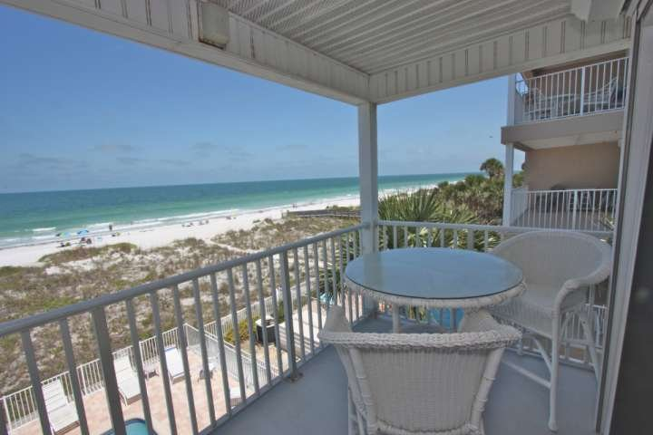 Private balcony overlooking the beach. - Sea Isles #N - Indian Rocks Beach - rentals