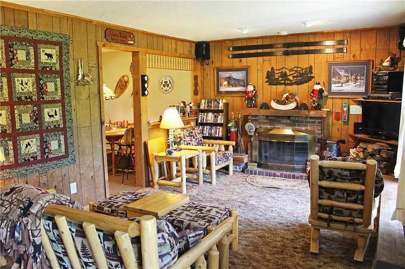 Located at Base of Powderhorn Mtn in the Western Upper Peninsula, A Snug Home With Excellent View of Ski Hill - Image 1 - Ironwood - rentals