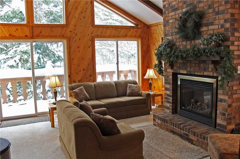 Located at Base of Powderhorn Mtn in the Western Upper Peninsula, A Large Trailside Home with Spacious Living Room with Large Windows - Image 1 - Ironwood - rentals